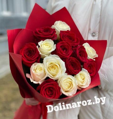"""Букет роз """"Красно-Белый"""" 15 роз"""