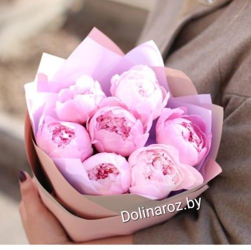 """Букет из 7 розовых пионов """"Безе"""""""