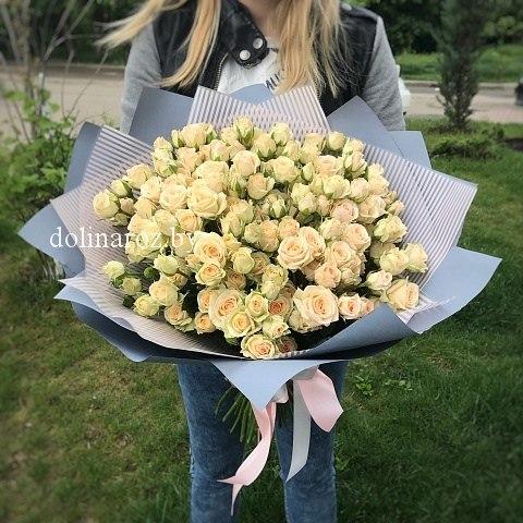 """Букет роз """"Пралине"""" Кустовые розы"""