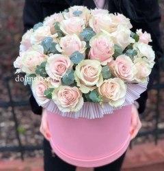 """Цветы в коробке """"Принцесса"""" 21 роза"""