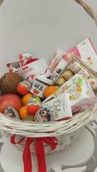 Корзина с фруктами и сладостями №14