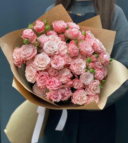 """Букет роз """"Бетси"""" Кустовые розы"""