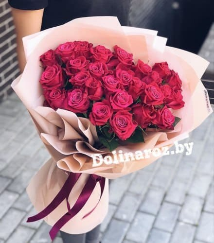"""Букет роз """"Ника"""" 25 роз"""
