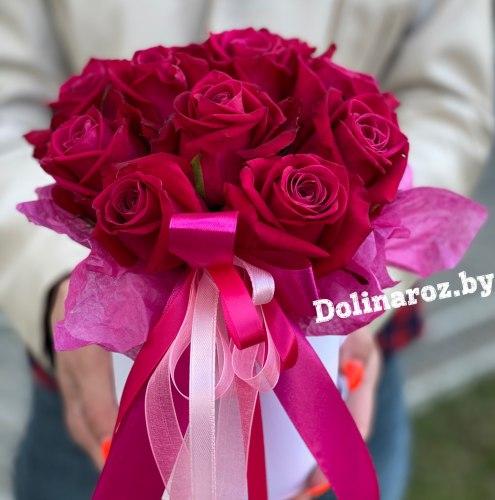 Цветы в коробке «Малинка» 11 роз