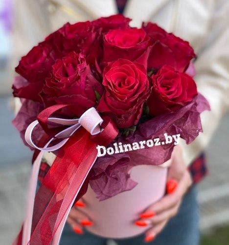 Цветы в коробке «Бордо» 11 роз