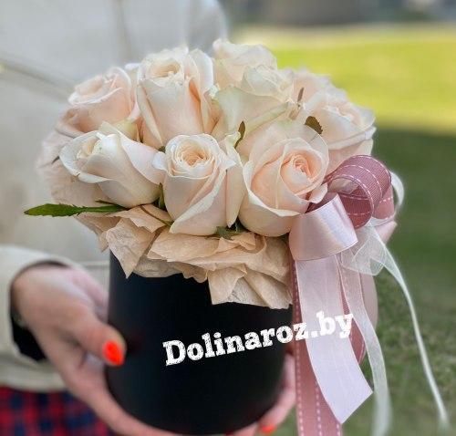 Цветы в коробке «Крем» 11 роз