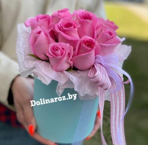 Цветы в коробке «Ревайвл» 11 роз