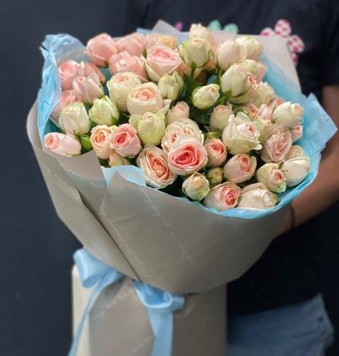 Букет «Инжир Кристин» Кустовые розы