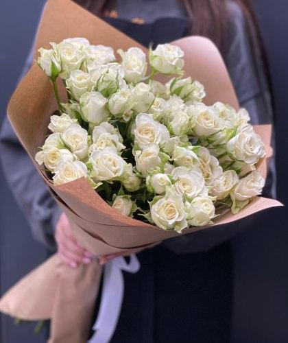 Букет «Белоснежка» Кустовые розы