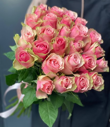Букет роз «Сакура» 25 роз