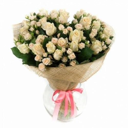 """Букет цветов """"Лора"""" Кустовые розы"""