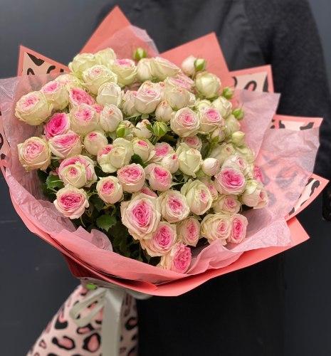 """Букет цветов """"Аргентинец"""" Кустовые розы"""
