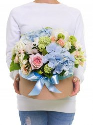 """Цветы в коробке """"Сама нежность"""""""