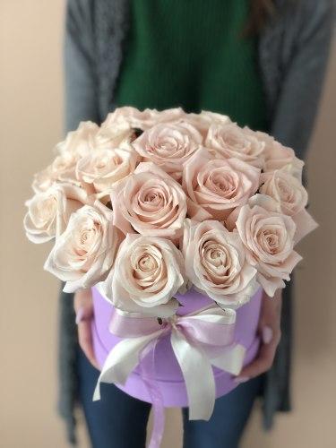 """Цветы в коробке """"Всё для тебя"""" 21 роза"""