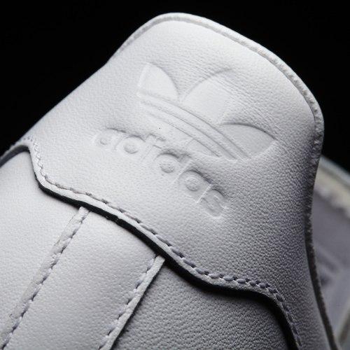 Кроссовки унисекс Superstar 80s Adidas S79443 (последний размер)
