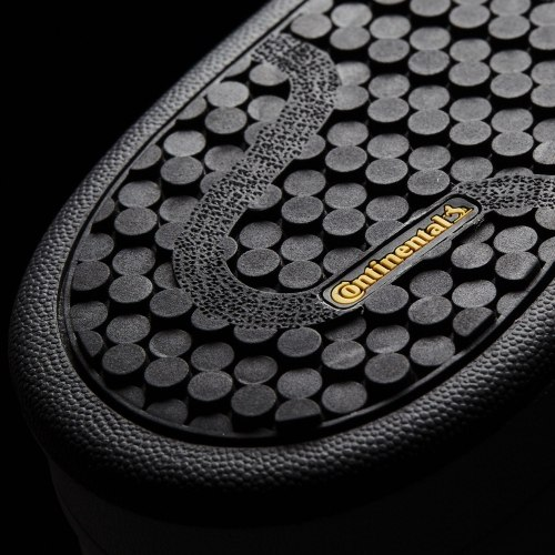 Кроссовки высокие Mens STAN WINTER Adidas S80498 (последний размер)