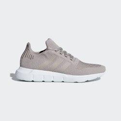 Кроссовки женские Swift Run W Adidas B37715