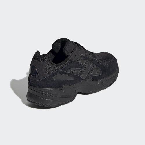 Кроссовки мужские YUNG-96 CHASM CBLACK|CBL Adidas EE7239