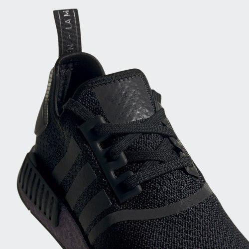 Мужские кроссовки NMD_R1 CBLACK|CBL Adidas FV3645