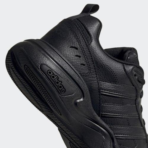 Мужские кроссовки STRUTTER CBLACK|CBL Adidas EG2656