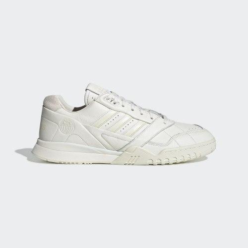 Мужские кроссовки A.R. TRAINER OWHITE|OWH Adidas EG2646