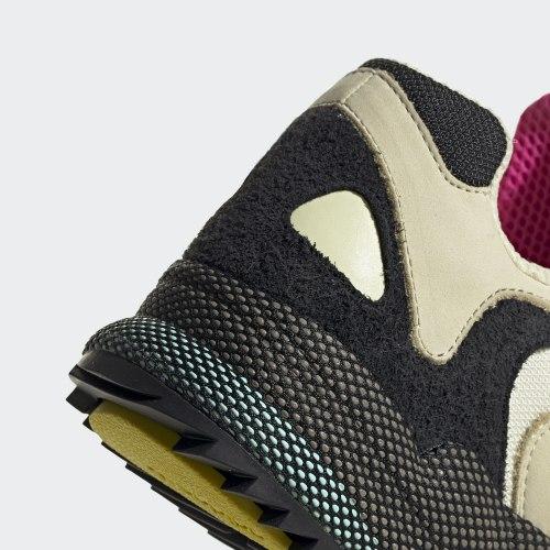 Мужские кроссовки YUNG-1 SAND|CBLAC Adidas EF5338