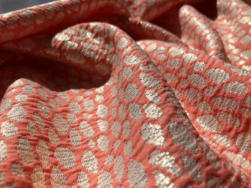 Полиэфир (119321) Состав ( 100% полиэфирное волокно) Ширина: 140 см