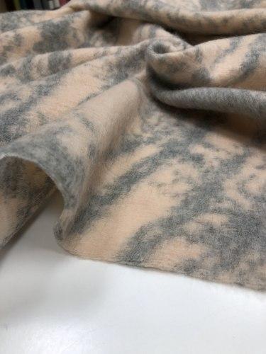 Шерсть (95098) Состав: 50% овечья шерсть, 50% полиакрил Ширина 150см