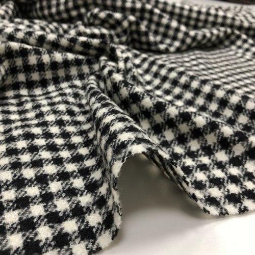 Шерсть(93452) Состав: 46% шерстяное волокно, 30% полиакрил, 24% хлопок, Ширина: 160 см