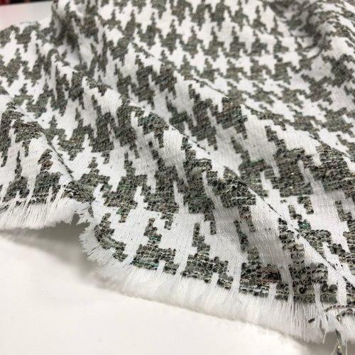 Полушерсть (93425) Состав (61% полиэфирное волокно, 29% шерстяное волокно, 8% хлопок) Ширина: 140 см