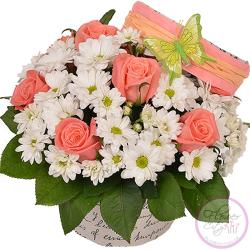 Розовая Роза и Ромашковая Хризантема в шляпной коробке