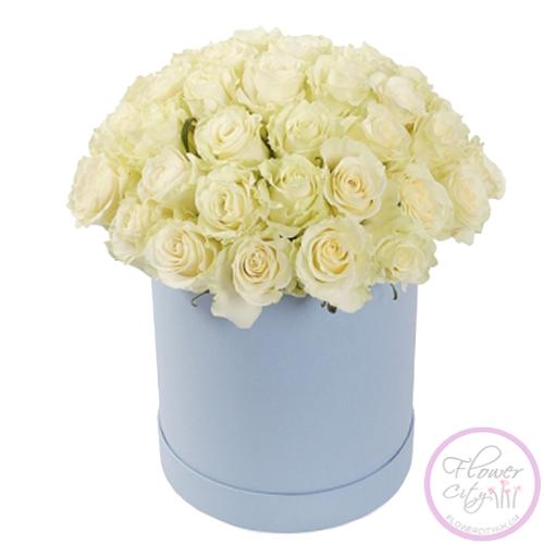Белые Розы в шляпной коpобке