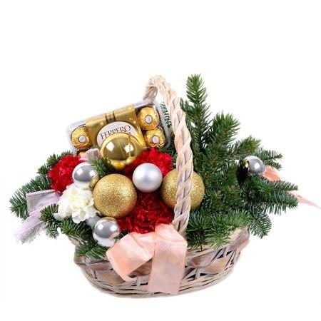 """Подарочная корзина """"Новогоднее настроение"""""""