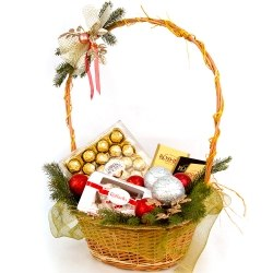"""Подарочная корзина """"Подарок от Снегурочки"""""""