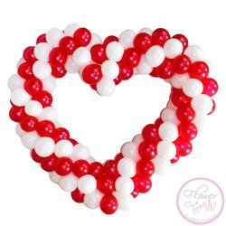 Красно-Белое сердце из шариков