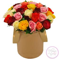 Разноцветные Розы в шляпной коpобке
