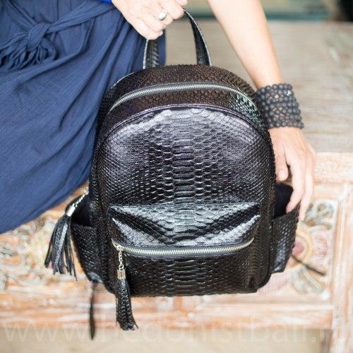VANESSA рюкзак из натуральной кожи питона черный лакированный