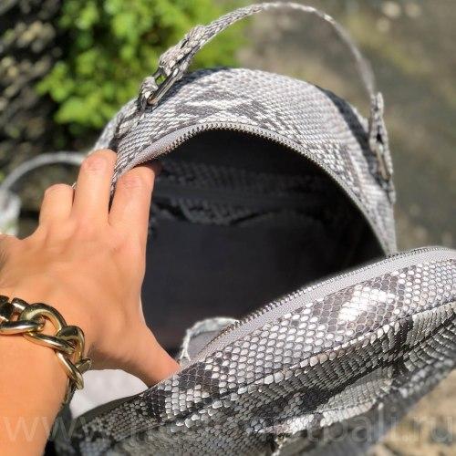 Рюкзак из натуральной кожи питона MONICA в естественном цвете без покраски