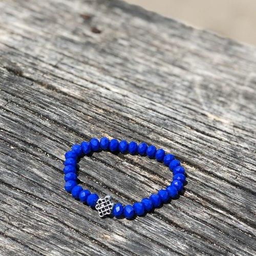 Браслет из хрустальных бусин ярко-синий с китайским символом