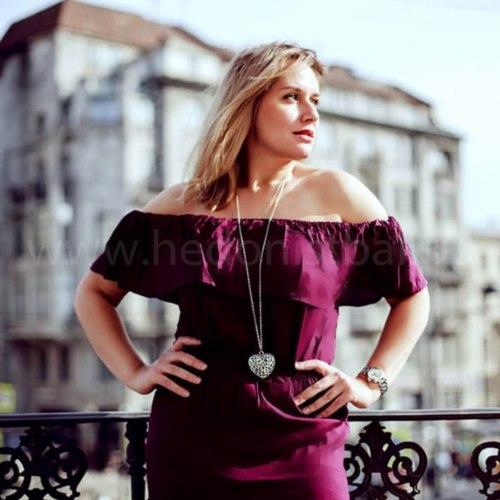 Платье с открытыми плечами FLOW фиолетовое