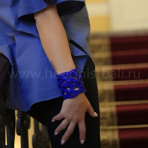 Браслет из бисера широкий косичка синий