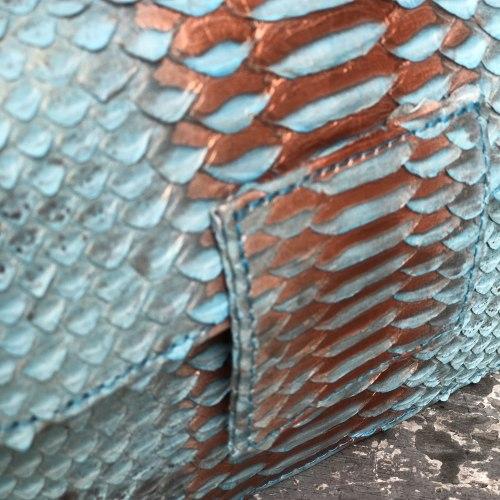 Сумка crossbody из натуральной кожи питона LAURA MINI бирюзовая с напылением