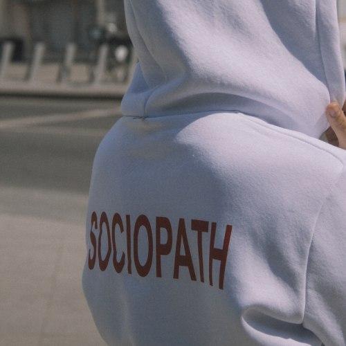 Худи белое с принтом SOCIOPATH