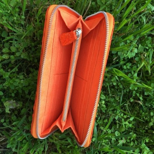 Кошелек из натуральной кожи питона оранжевый размер М