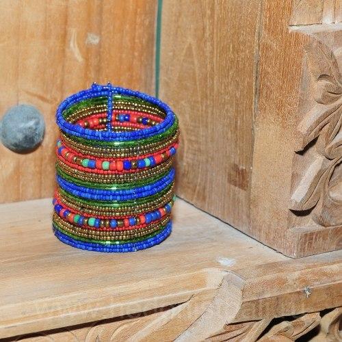 Браслет из бисера широкий сине-красно-золотой с крупными бусинами
