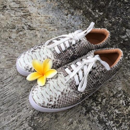 Кеды из натуральной кожи питона в естественном цвете без покраски