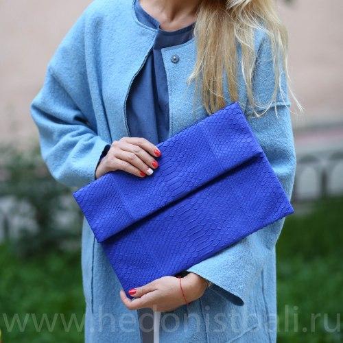 Клатч из натуральной кожи питона ярко-синий XL