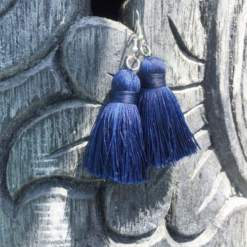 Серьги-кисточки синие 8 см