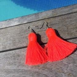 Серьги-кисточки малиново-оранжевые 8 см
