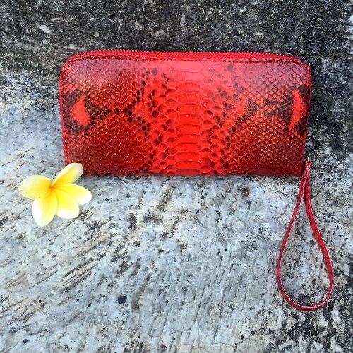 Кошелек из натуральной кожи питона красный с орнаментом, размер M